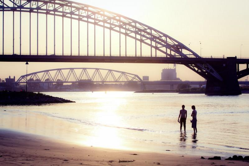 Nijmegen Waalbrug 1 uur voor zonsondergang